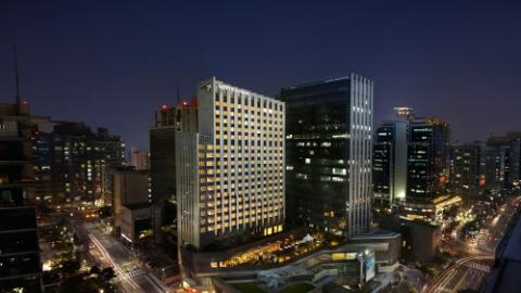 Lotte City Hotel Guro - Main - Main Visual - Building Facade