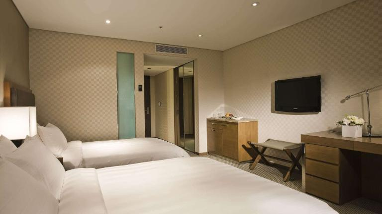 Lotte City Hotel Mapo - Rooms - Deluxe Family Twin Room