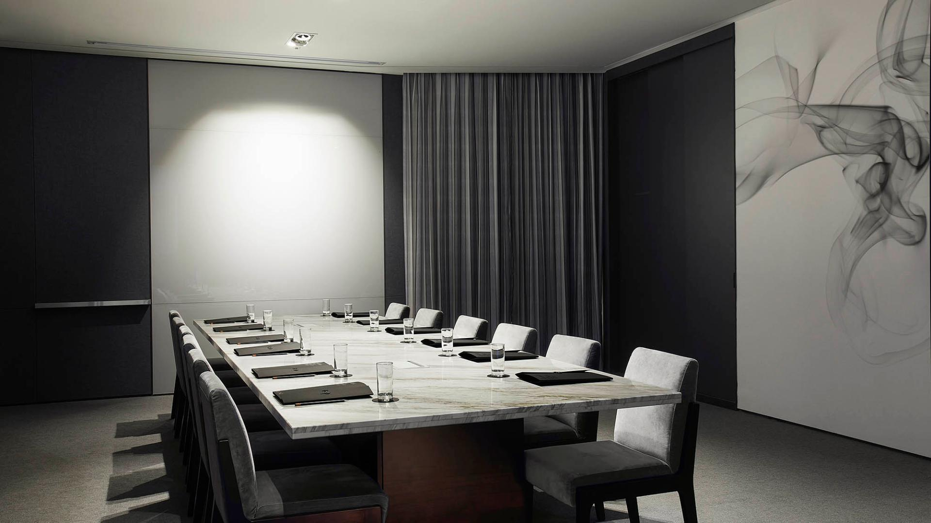 L7 Gangnam-Facilities-Meeting Room-Talk & Talk