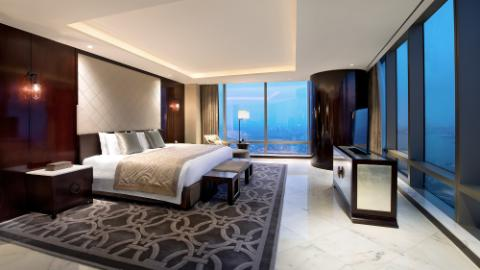 Royal Suite Room 1