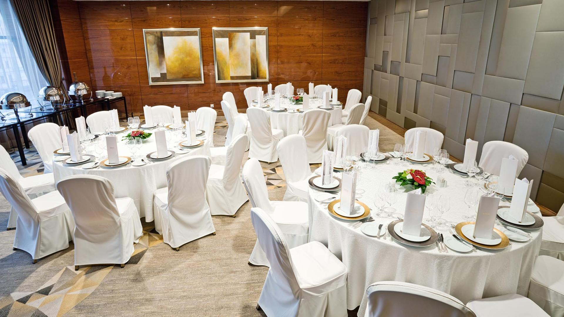 Lotte Hotel Moscow-Wedding&Conference-Hotel Conference-Anniversaries Celebration