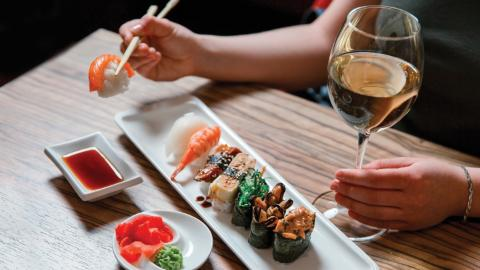 Yoshino dining & wine promotion