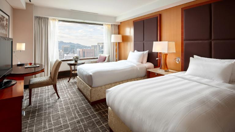 Lotte Hotel Seoul-Rooms-Main Tower-Standard-Superior Room